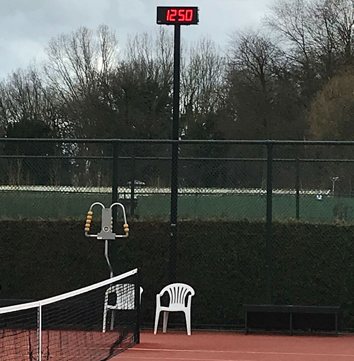LED KLOK tennis